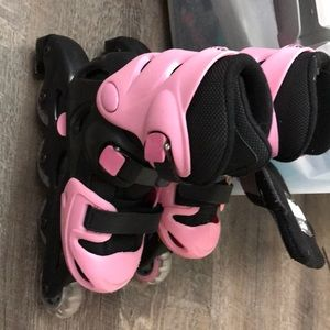 Moxie Girlz roller skates adjustable size 13-3